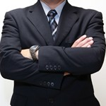 社会人男性にとって腕時計の役割