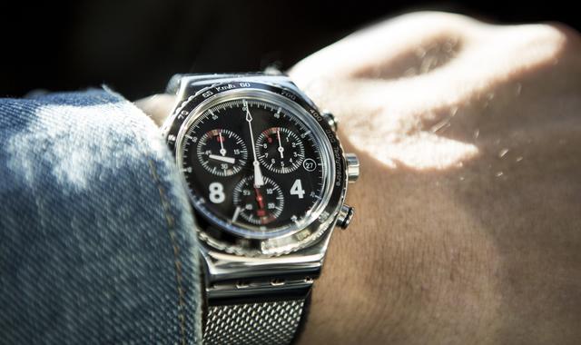ハイテク系メンズ腕時計男子はクリエイティブ系