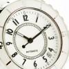 白いメンズ腕時計が人気の理由