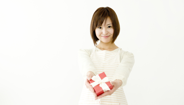 洗練されたディテールでオシャレに持てるので誕生日プレゼントに人気
