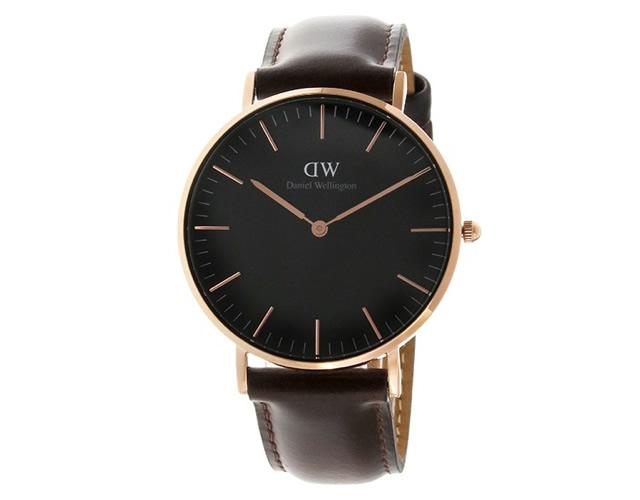 ダニエルウェリトンブラック腕時計