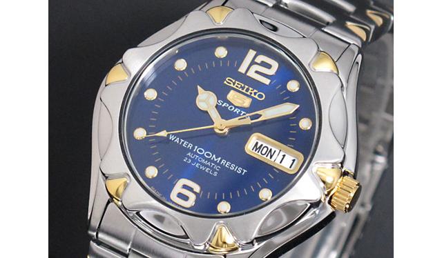 セイコー5スポーツメタルバンド腕時計