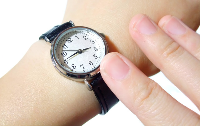 コモノの腕時計が似合う年齢層は何歳くらい
