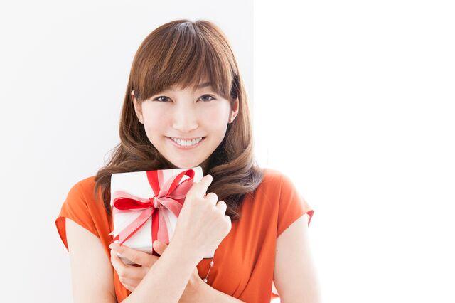 プレゼントにイルブセットの財布がよいのはオールマイティに使えるから