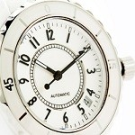 日常をラグジュアリーにするローズフィールド腕時計の2つの魅力とは