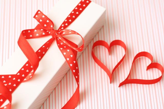 プレゼントに選びやすい価格とデザイン