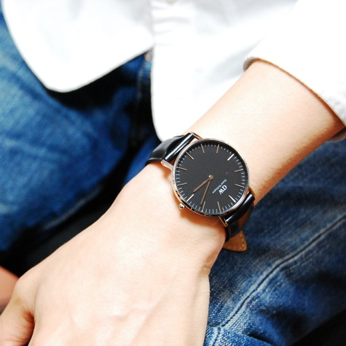 ダニエル ウェリントン クラシック ブラック シェフィールド/シルバー 36mm ユニセックス 腕時計 DW00100145