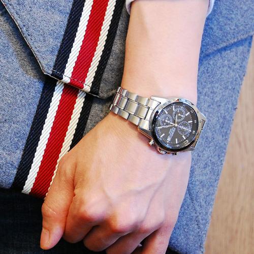 セイコー SEIKO クロノグラフ 腕時計 SND367